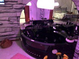 Camera con vasca Idromassaggio della Suite Teatro di Assisi